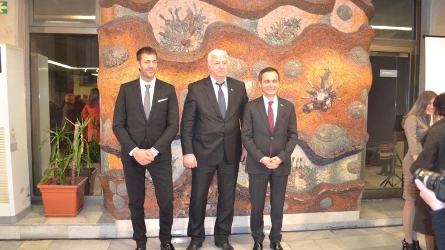 Дарение за новите герои на Пловдив направиха двама почетни консули