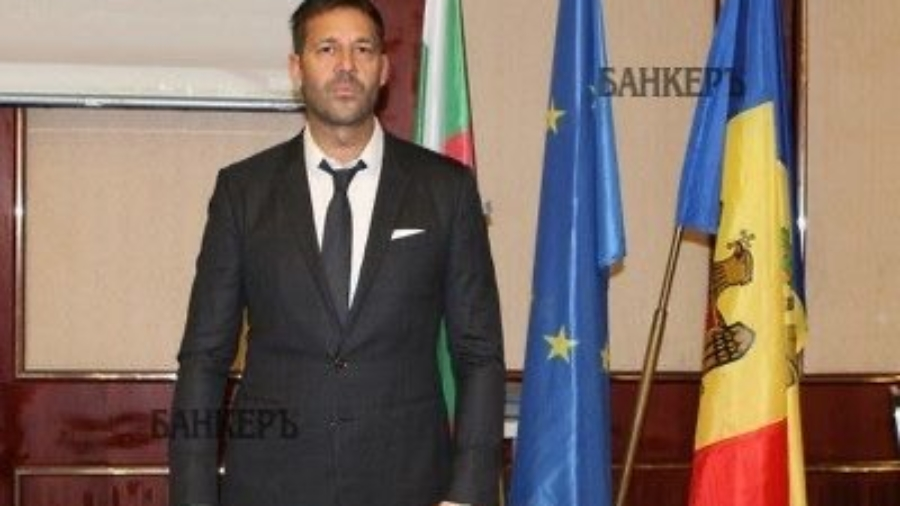 Почетния консул на Молдова Веселин Чипев в подкрепа за зaщитни средства